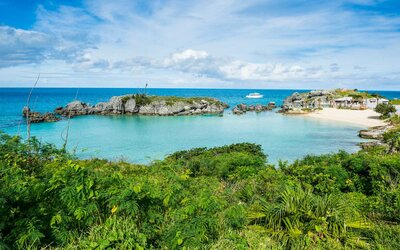 online retailer 736c4 d1ff6 The Best Times of Year to Visit Bermuda   Travel + Leisure