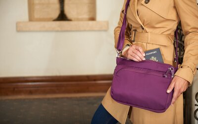 40d4e9d27fae eBags Snuck So Many Anti-theft Features Into This Cross-body Bag ...