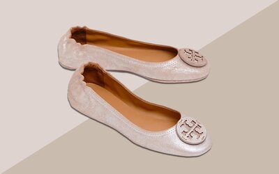 3503f573f Tory Burch's Best-selling Foldable Travel Flats Are on Sale Right ...