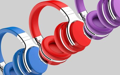 76adfed62 These $60 Noise-cancelling Headphones Have 30 Hours of Battery Life ...
