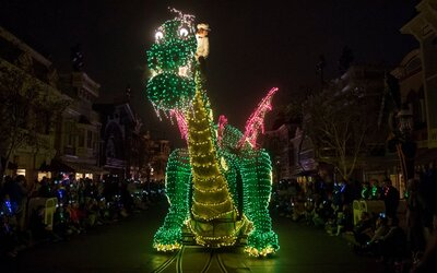 This Clic Disney Parade Is Returning Summer But