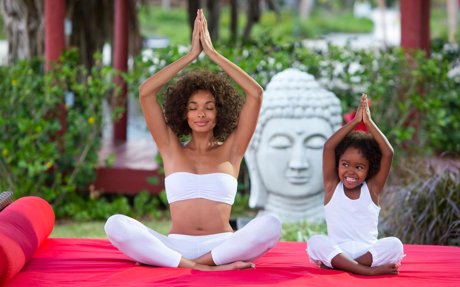 Mother and daughter yoga at Club Med Sandpiper Bay