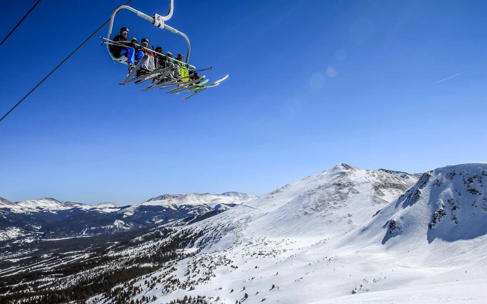 Breckenridge Mountain Is Where Powder Hounds Love to Ski — and It's Getting Trendier Every Day