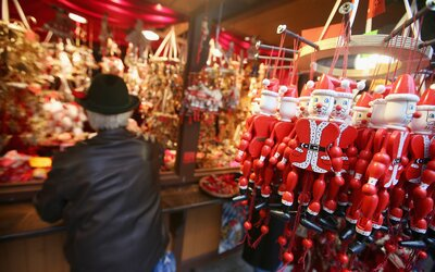 Christmas In Chicago Images.5 Must Visit Christmas Markets In Chicago Travel Leisure
