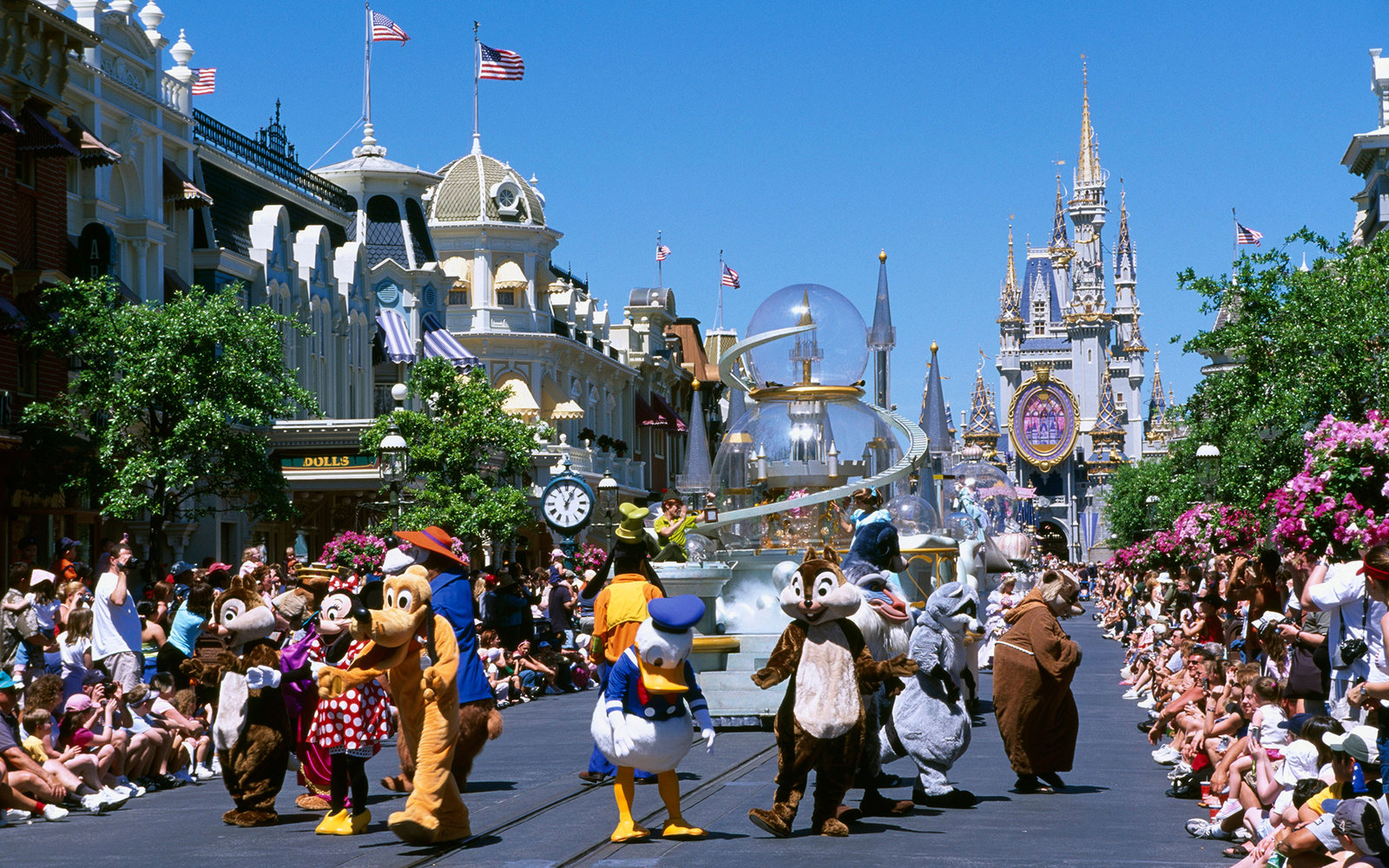 20 Walt Disney World Secrets You've Never, Ever Heard Before (Video)