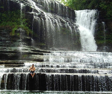 waterfalls and pools in Cummins Falls at Cookeville, TN