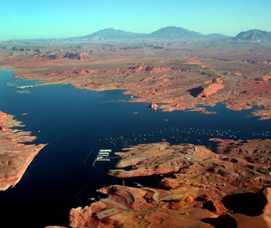 Utah: Glen Canyon National RecreationArea between Bullfrog and Hall's Crossing