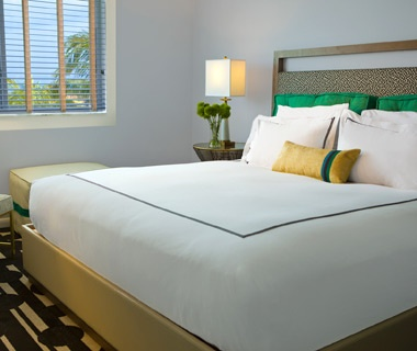 Hit the Water in Florida: Surfcomber Hotel