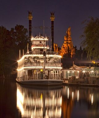 Mark Twain Riverboat (Disneyland; in Magic Kingdom as Liberty Square Riverboat)