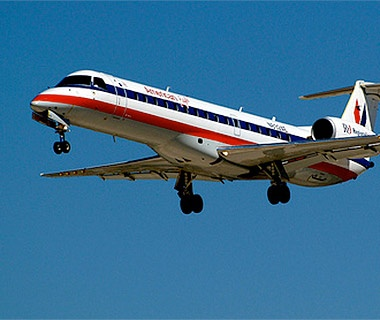 201404-w-best-and-worst-airlines-for-flight-delays-american-eagle