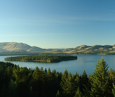 mountain view of Flathead Lake, MT