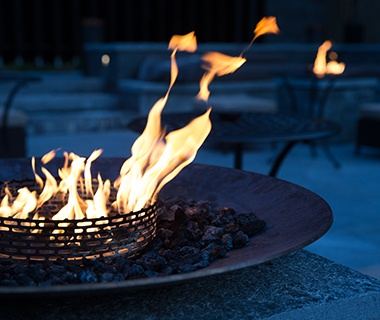 196 Fireplaces Heat Up the Evening