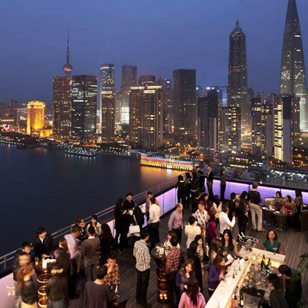 Where to Go for Cocktails on The Bund in Shanghai