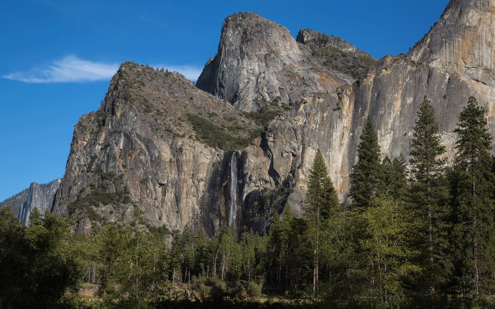 "Illnesses reported at Yosemite National Park are ""consistent with norovirus"" — more here"