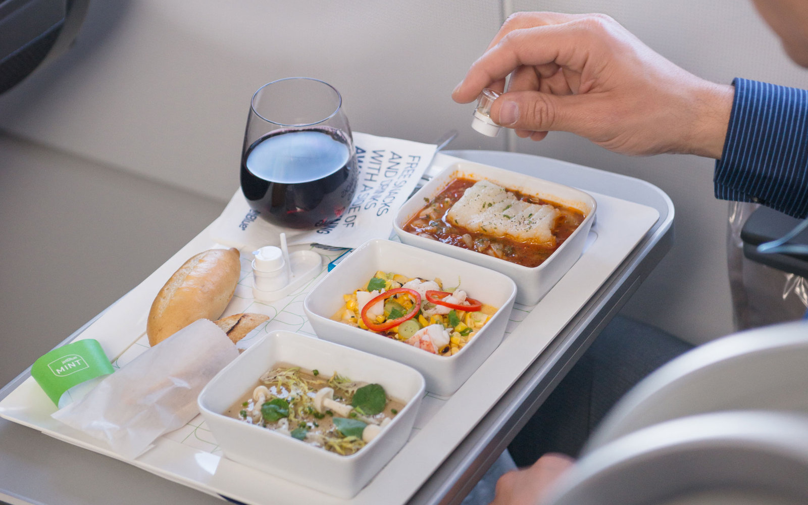 meal on jetBlue airline