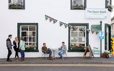 Rent and Run This Bookstore in Scotland Through Airbnb