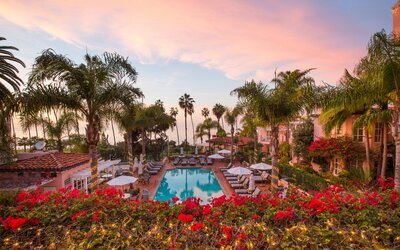 La Jolla Hotels >> La Jolla S La Valencia Hotel Is Back After 11m Renovation