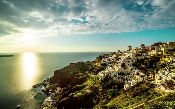 Drop Everything and Buy a $383 Round-trip Flight to Italy or Greece (Video)