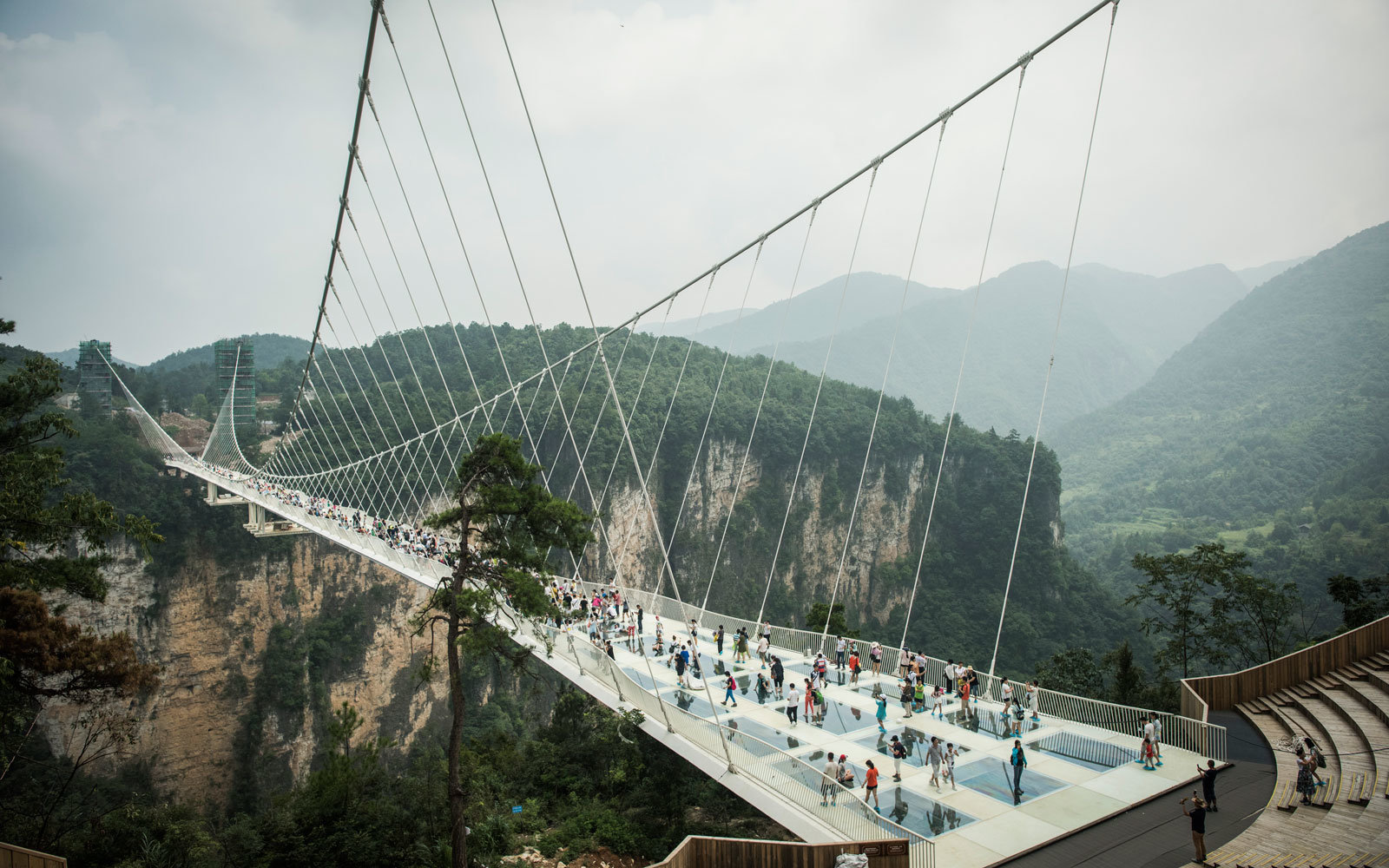 Another view of the glass bridge.