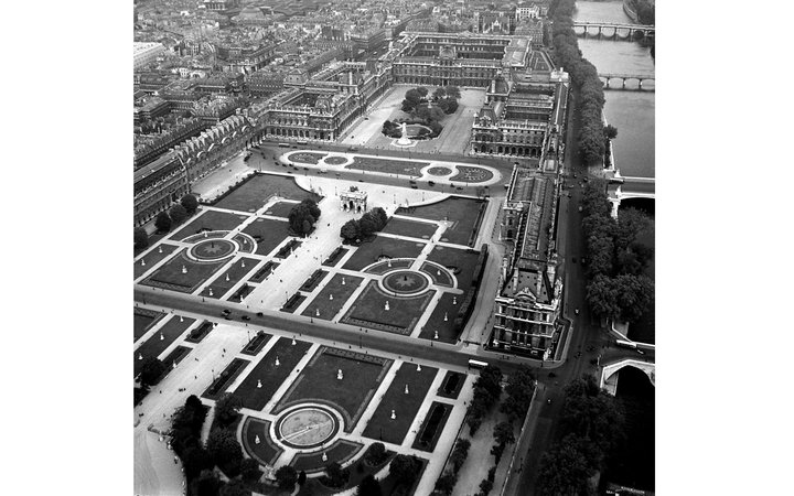 The Louvre in 1953