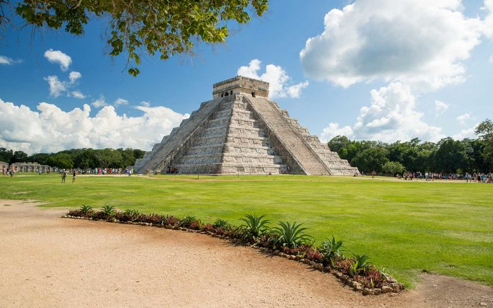 Secrets of Chenchen Itza