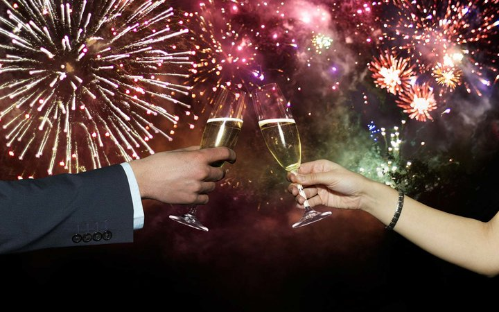21 Deals and Discounts for New Year's Eve and Day