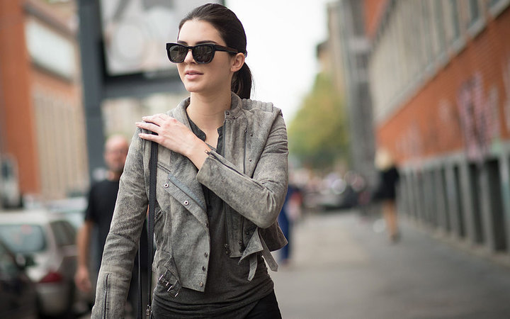 MILAN, ITALY - SEPTEMBER 18: Kendall Jenner after the Fendi show in the streets of Milan during the Milan fashion week on September 18, 2014 in Milan, Italy.  (Photo by Timur Emek/Getty Images)