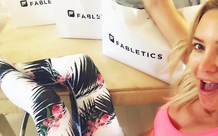 Kate Hudson with her Fabletics bags