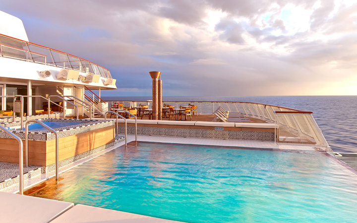 Infinity Pool, Viking Cruises