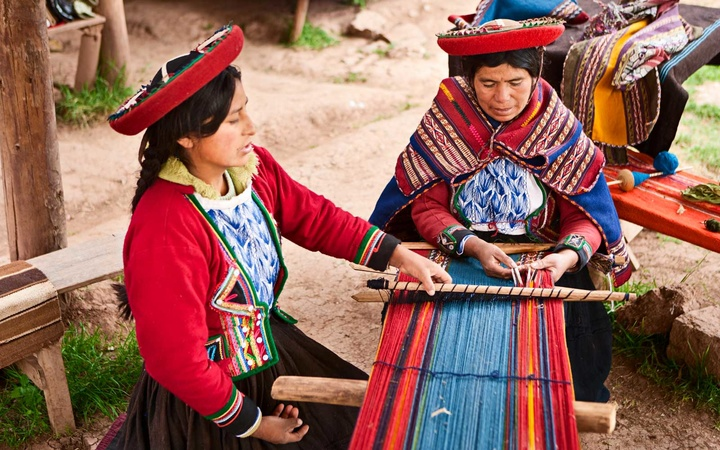 Peruvian woman weaving, The Sacred Valley, Chinchero, Peru