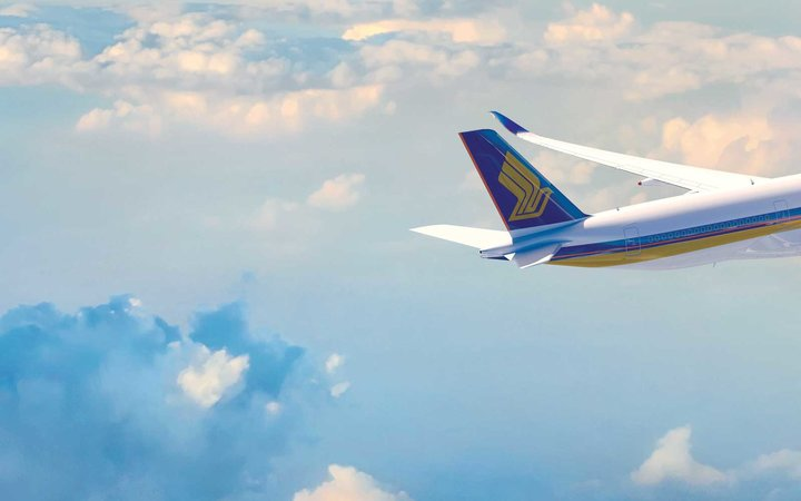 Singapore Airlines plane in flight