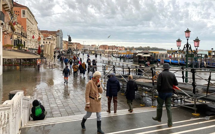 Venice Tourism During and After Flooding