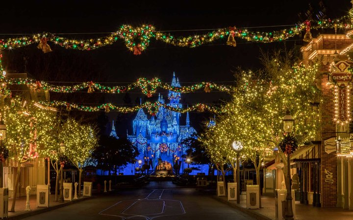 Christmas at Disney World and Disneyland
