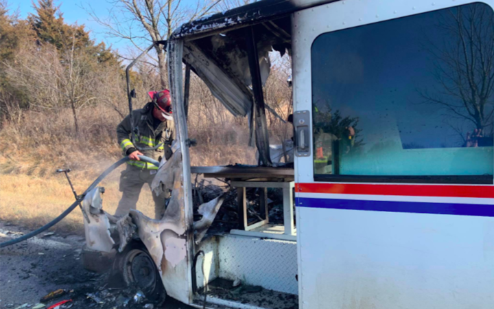 OSAWATOMIE VOLUNTEER FIRE DEPARTMENT POSTAL WORKER SAVES CHRISTMAS PACKAGES FROM FIRE