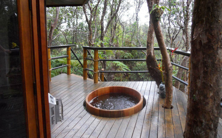 Hot Tub at Volcano Treehouse in Hawaii