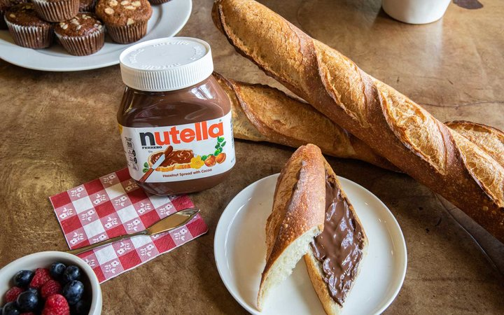 A spread of Nutella on a baguette