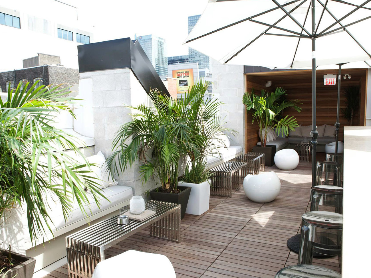 Roof Bar at the Beverly Hotel in Toronto