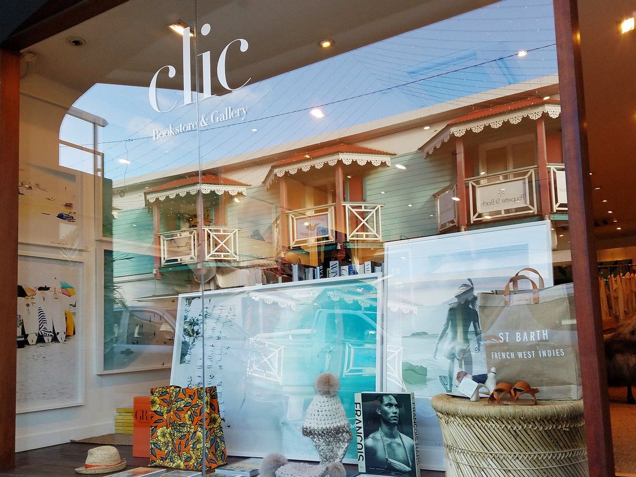 Clic Gallery & Bookstore in St. Barts