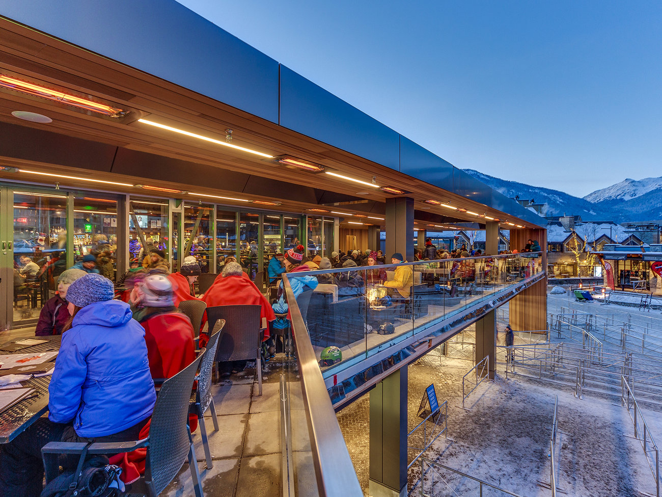 Garibaldi Lift Company Bar in Whistler