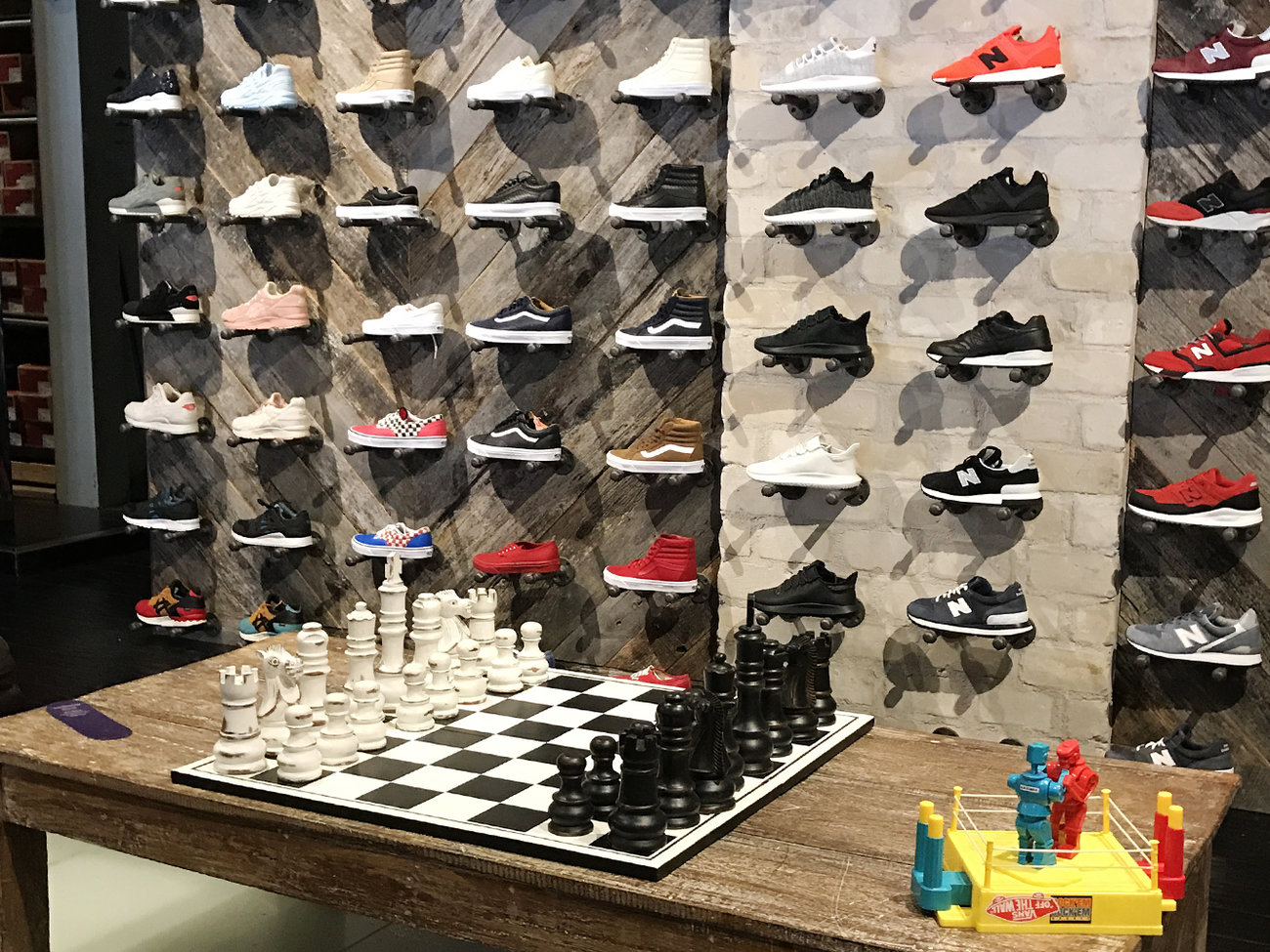 Highpoint Shoe Store in Scottsdale