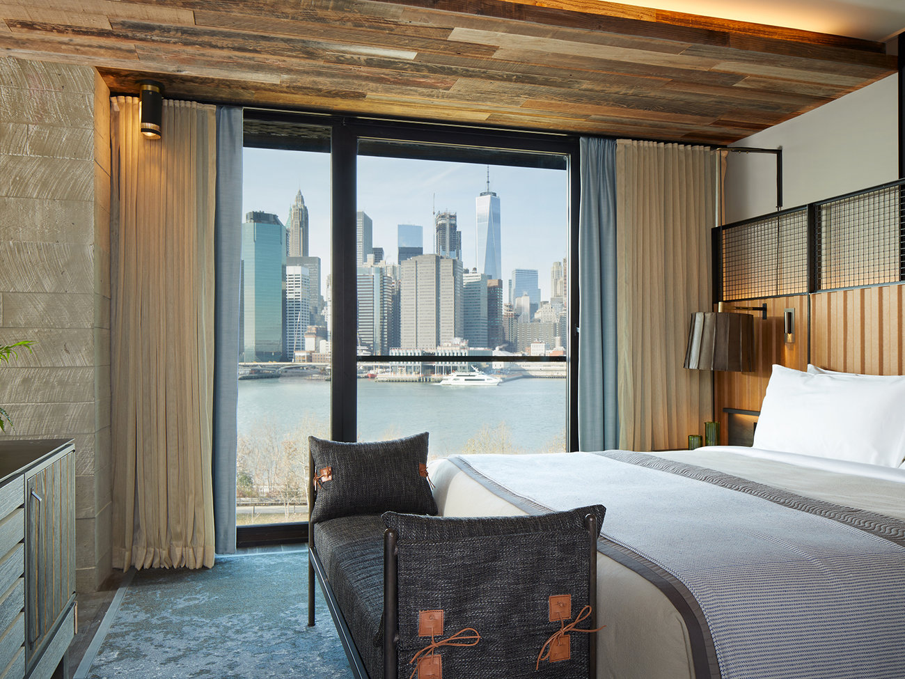 1 Hotel Brooklyn Bridge in NYC