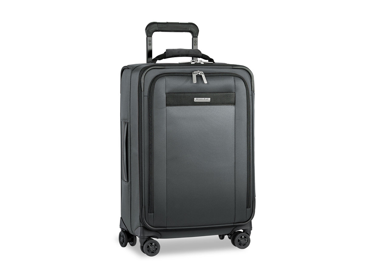 Briggs & Riley's Transcend VX Tall Carry-on Expandable Spinner