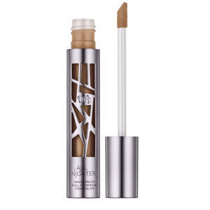 urban-decay-night-concealer-melt-proof-makeup
