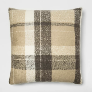 best-cozy-gifts-threshold-pillow