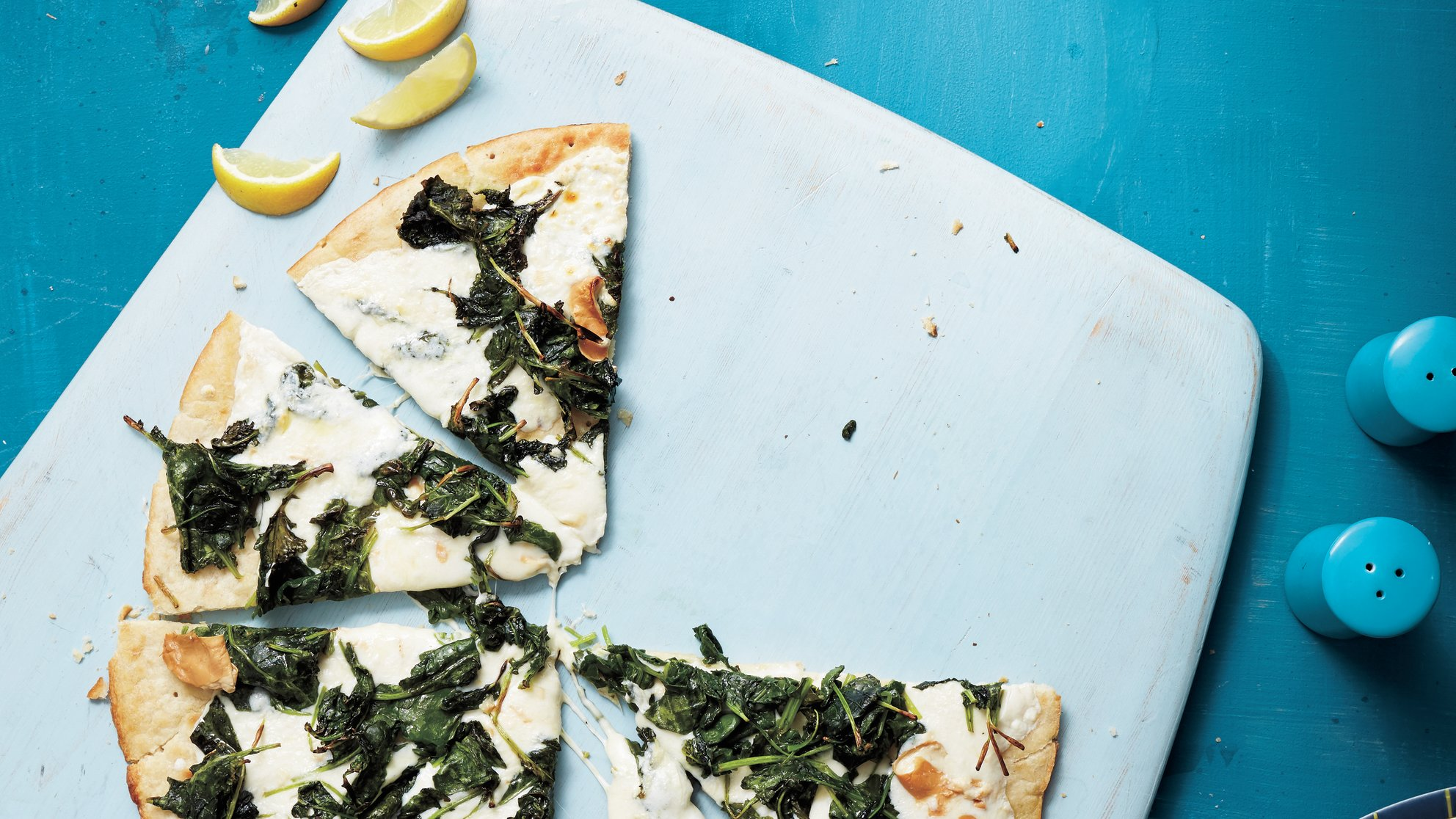 kale-and-smoked-mozzerella-pizza-giada-recipe
