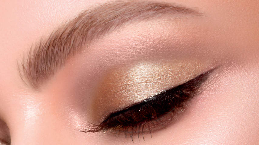 stila-shimmer-and-glow-shadow-tout