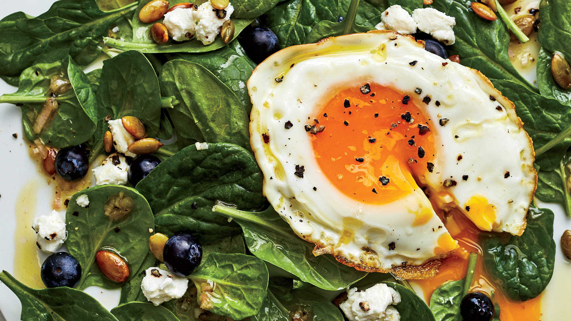 spinach-saladfried-egg-goat-cheese-power-up