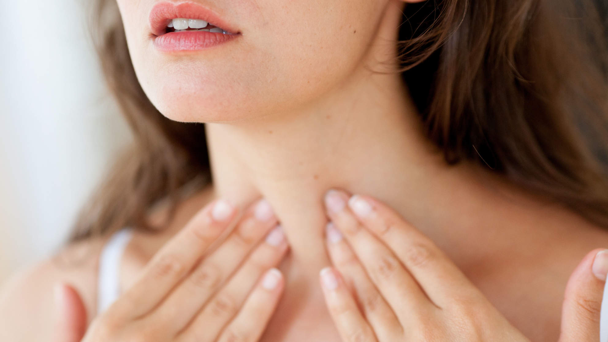 thyroid disorders common woman health neck