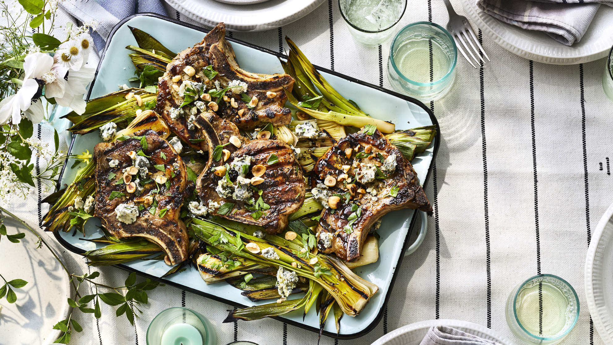 ROSEMARY PORK CHOPS WITH GRILLED LEEKS health summer recipe