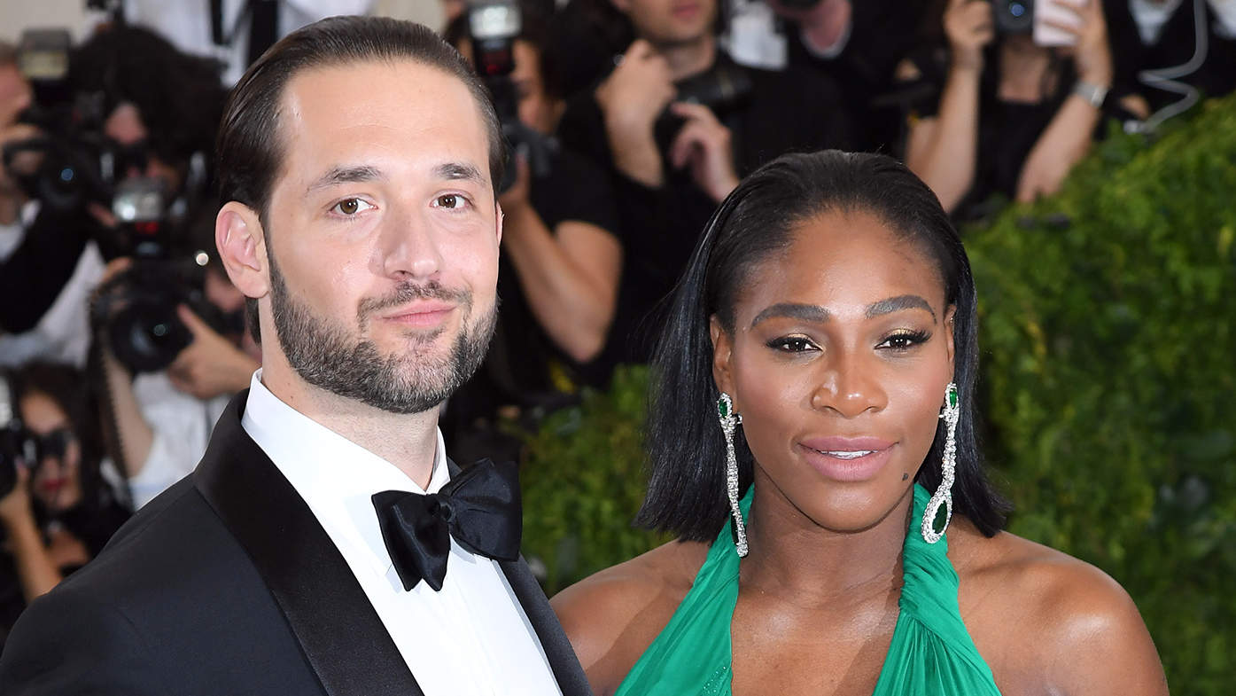 Serena Williams and Her Fiancé Hilariously Learn How to Swaddle a Baby